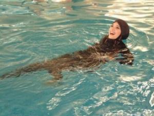 Степень открытости купальника – показатель интегрированности в европейское общество?