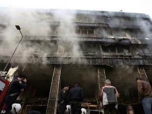 Центр Афин из-за пожаров окутан густым дымом.