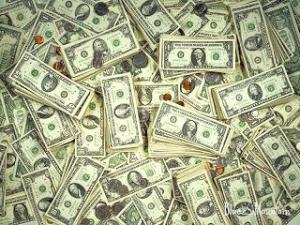 Банки сворачивают кредитование клиентов в валюте
