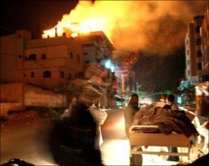 """Сионистские формирования сделали из жителей нескольких домов Газы """"живой щит"""""""