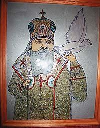 Изображения покойного патриарха лечат от пьянства