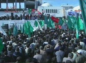 Тысячи палестинцев выражают поддержку премьер-министру Турции