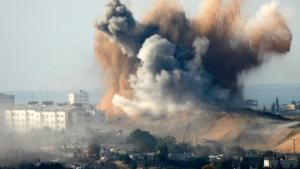 Израильтяне бомбят жилые кварталы города Газы, десятки убитых