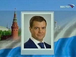 Дмитрий Медведев отправился с визитом в Узбекистан