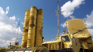 Ракетно-зенитный комплекс С-300 предназначен исключительно для защиты воздушного пространства страны