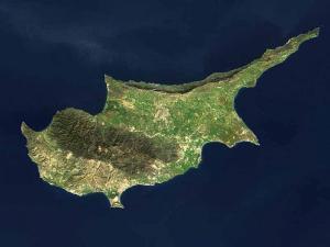 Северный Кипр обвинил Никосию в приобретении российского оружия