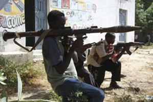 В столице Сомали оппозиция обстреливает президентский дворец. Есть жертвы