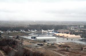 "Парламент Кыргызстана одобрил вывод авиабазы США ""Манас"""