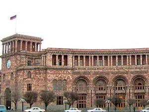 Армянский парламент ужесточает наказание за попытку обращения христиан в иные исповедания