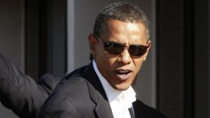 Обама продлил действие санкций против Ирана еще на год