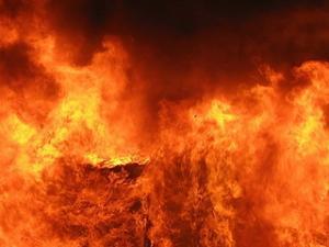 Пожар в крупнейшем торговом центре Бангладеш