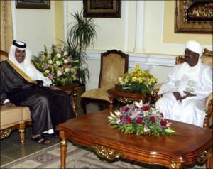 Встреча президента Судана Омара аль-Башира с премьер-министром Катара шейхом Хамадом бен Джабером Аль Тани во время его визита в Хартум