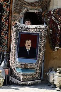 По мнению экспертов, спешка с проведением референдума в скором времени после начала второго срока И. Алиева связана, в частности, с ожидающимся ростом социальной напряженности в Азербайджане. Фото: Ко