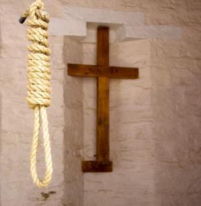 Священники угодили в тюрьму из-за жадности