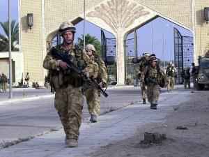 США уходят из Ирака, чтобы остаться