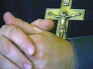 Православный священник распространял запрещенный фильм