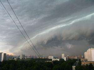 Штормовое предупреждение объявлено в центральной части России