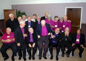 Священников изгнали из церкви из-за нелюбви к геям