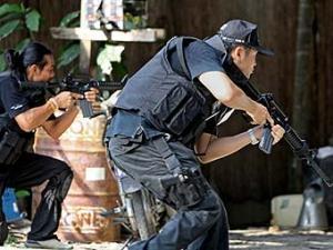 Полицейские в Наратхивате. Фото ©AFP