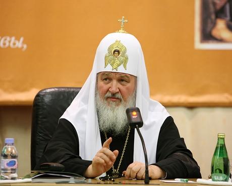 """Патриарх потребовал от министра включить """"Основы православной культуры"""" в школьный стандарт"""
