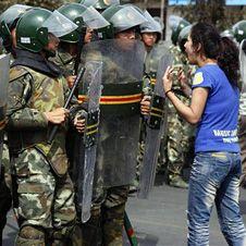 Пекин бросил войска на подавление акций протеста уйгуров