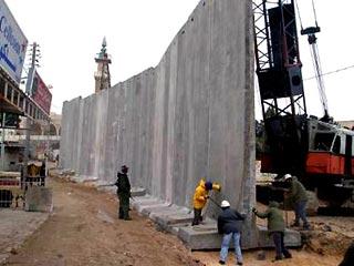 Разделительная стена в Палестине