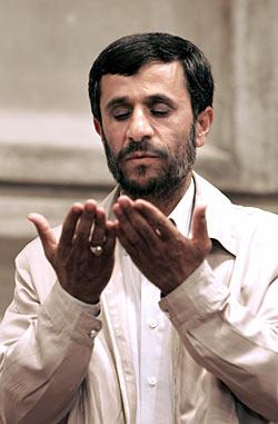 """Президента Ирана должны были """"убрать"""" во время саммита Движения неприсоединения"""
