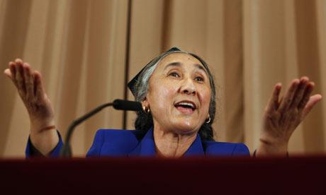 Председатель Всемирного уйгурского конгресса Рабия Кадир на пресс-конференции в Токио. Фото AP