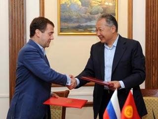Москве удалось убедить Бишкек разместить в Киргизии российскую военную базу