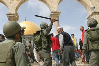 Израильские солдаты в Аль-Кудсе