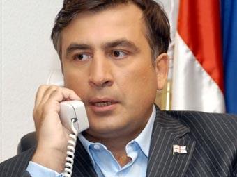 Саакашвили поблагодарил Каримова за поддержку