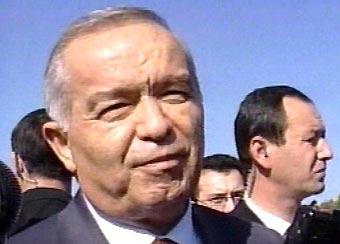 Центр Ташкента эвакуирован – Ислам Каримов вышел в свет