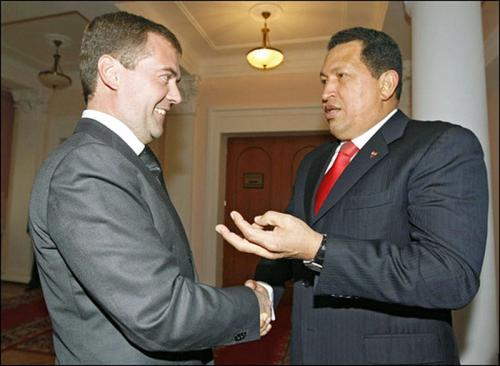 Уго Чавес приедет в Москву