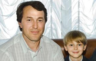 Руслан Байсаров и его сын Дэни