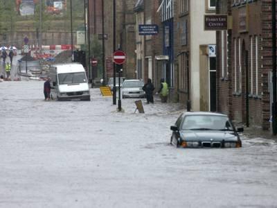Наводнение в Турции: десятки погибших