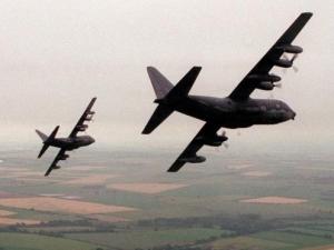 США довольны началом полетов своей военной авиации через воздушное пространство РФ