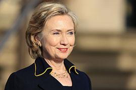 Клинтон приехала в Россию, чтобы надавить на Иран