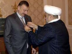 Встреча Ильхама Алиева с Аллахшукюром Пашазаде