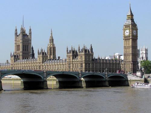 В Лондоне прошла акция протеста против приезда Вилдерса