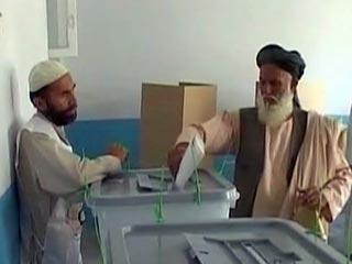 Карзай обсудил итоги выборов с Клинтон и Пан Ги Муном
