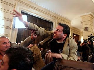 Иракский журналист, освобожденный из тюрьмы, выступил в Женеве