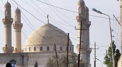 В Баку запретили азан в мечетях