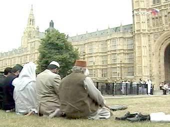 Мусульманские лидеры Британии отправились в Афганистан