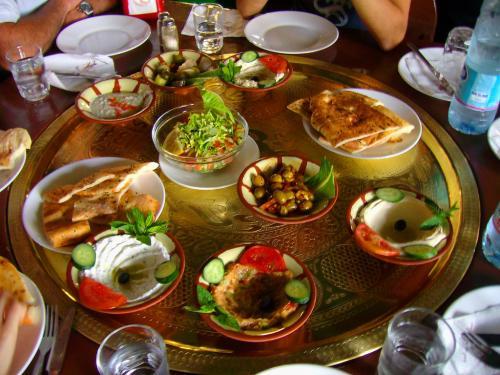 В Дубае продегустируют халяльную кухню