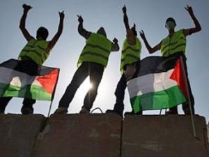 Берлинская стена пала, израильская – еще стоит