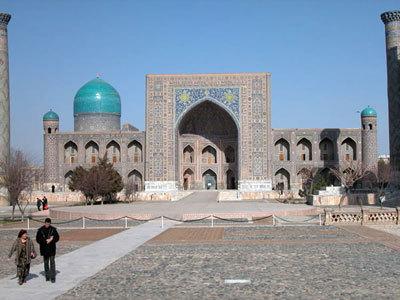В Германии проходит выставка, посвященная реставрации исторических памятников Самарканда и Бухары