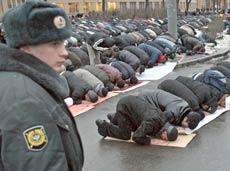 Автомобильное движение в Москве ограничено из-за мусульманского праздника