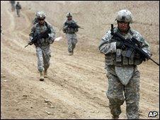 """Для """"укрепления демократии"""" США отправляют 30 тысяч военных"""