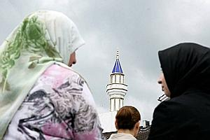 От запрета минаретов к запрету мечетей