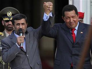 Чавес: Нападки Клинтон на Иран представляют угрозу Венесуэле